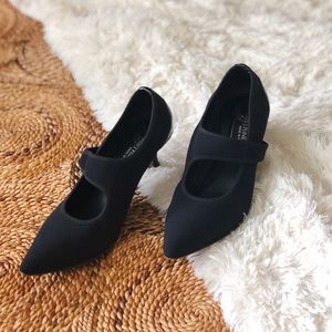 donald j pliner croc nylon heels